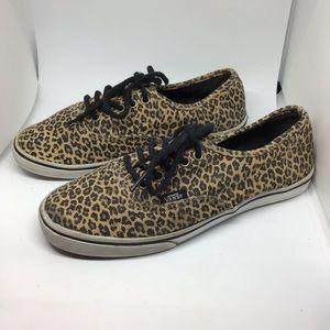 Vans tan black cheetah lace up sneakers size 6